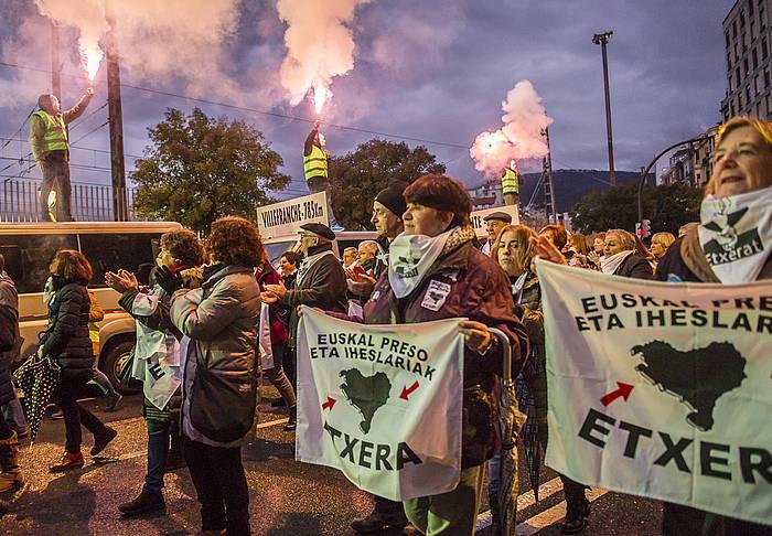 Euskal presoen eskubideen alde Bilbon urtarrilean eginiko manifestazioaren une bat.