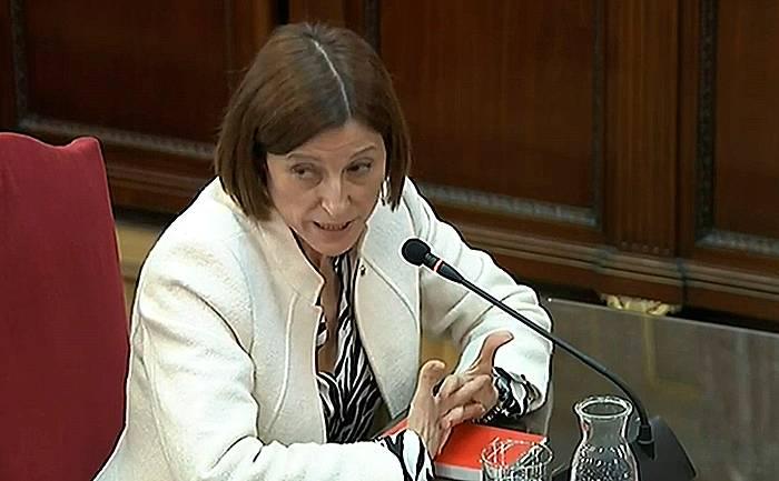 Carme Forcadell, Espainiako Auzitegi Gorenean deklaratu zuenean.