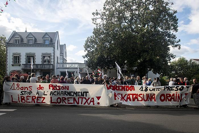 Lorentxa Beyrie euskal presoaren askatasunaren aldeko elkarretaratzea, ekainaren 21ean, Kanbon.