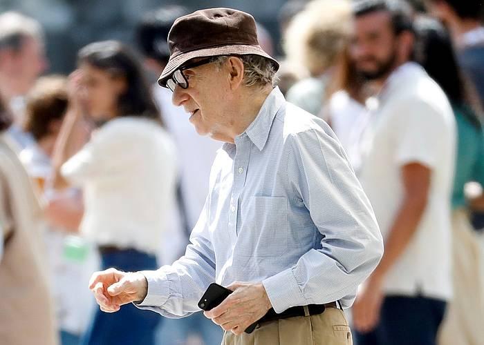 Woody Allen, filmaren grabaketan, Donostian.
