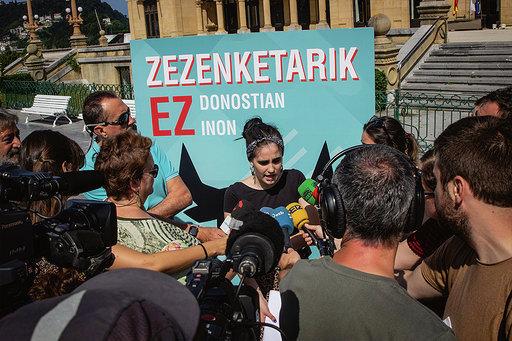 Manifestazioaren prentsaurrekoa, gaur goizean, Donostian. / ©Askekintza