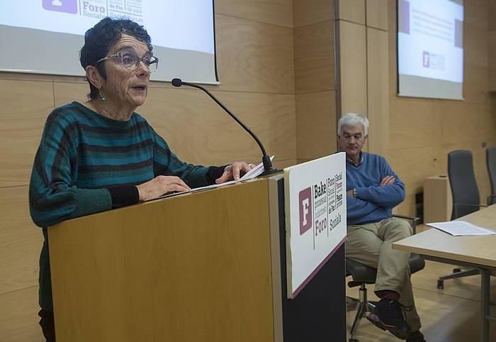 Teresa Toda Foro Sozial Iraunkorreko kidea, artxiboko irudi batean.
