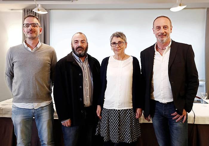 Iñaki Bernal ezkerrean, Aldaketa Espainiako Senaturako zerrenda bateratuaren aurkezpenean, martxoan. / ©Jesus Diges, EFE