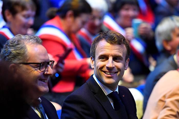 Richard Ferrand, Frantziako presidente Emmanuel Macron aldamenean duela. /