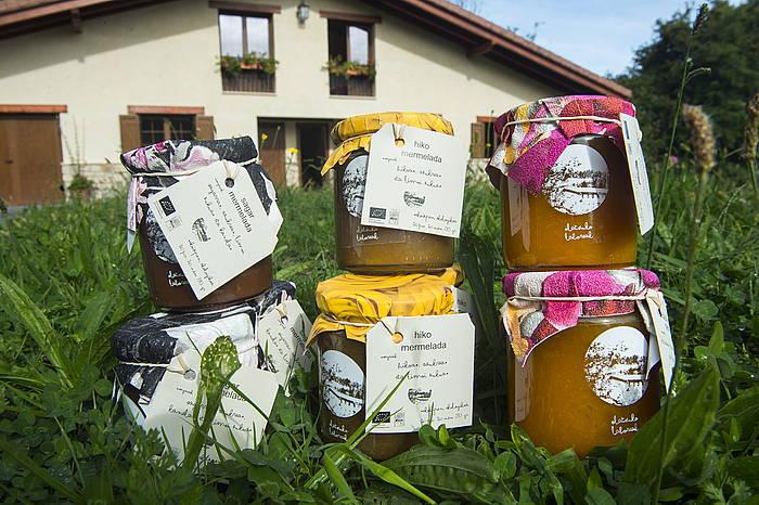 Olatxuko laboreak izenpean egindako produktuak. ©Monika Del Valle / Foku