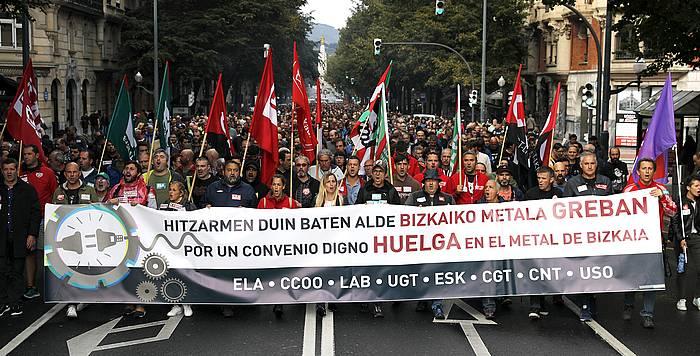 Bizkaiko metalgintzako langileen manifestazioa, gaur, Bilbon. ©Luis Tejido / EFE