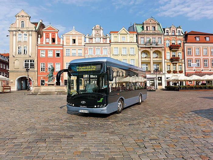 Solaris Urbino autobus modeloa, erabat elektrikoa.