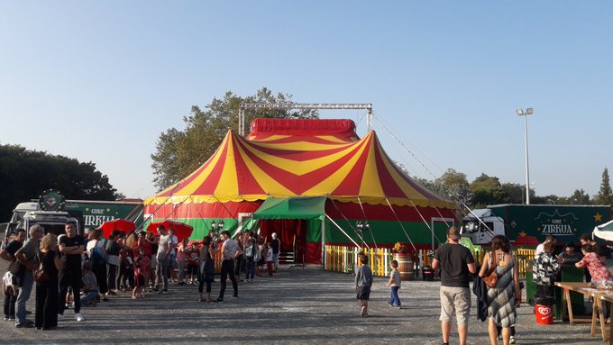 Gure Zirkuaren karpa, Kanbon (Lapurdi).