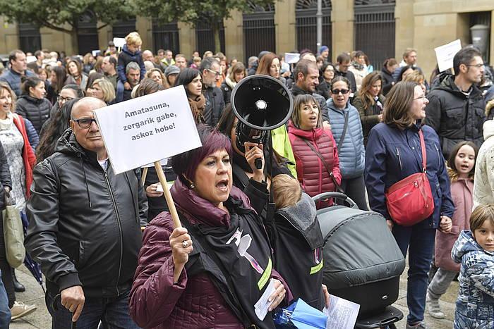 Iazko urrian Iruñean manifestazioa egin zen, amatasun eta aitatasun prestazioei PFEZn egindako atxikipenen itzulera eskatzeko.
