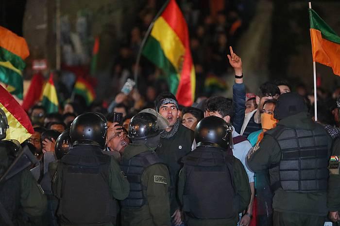 Moralesen kontrako manifestariak, bart,
