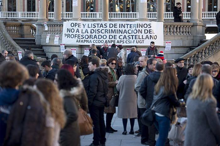 Afapna, UGT, CCOO, Anpe, APS eta beste sindikatu batzuen protesta, euskarazko lan eskaintzaren aurka.