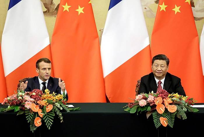 Emmanuel Macron Frantziako presidentea eta Xi Jinping Txinakoa. /