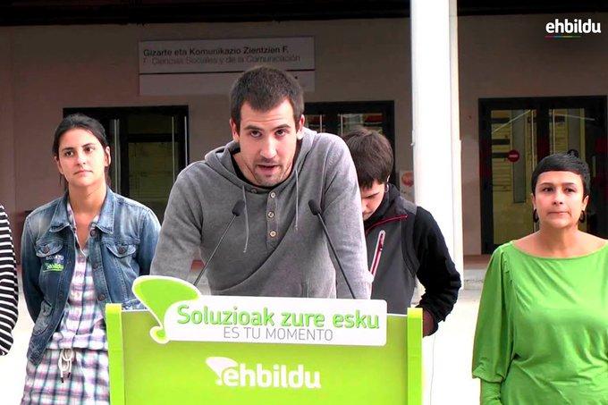 Andoni Rojo Espainiako Kongresurako EH Bilduren Bizkaiko hautagaia, koalizioaren ekitaldi batean. Artxiboko irudia. ©EH Bildu, @ehbildu