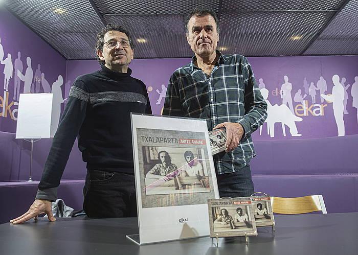 Juan Luis Zabala eta Anjel Valdes, Donostian.