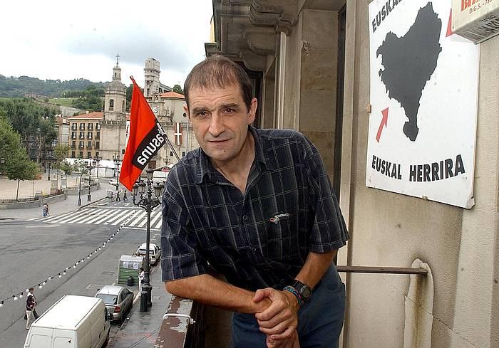 Josu Urrutikoetxea, 2002ko abuztuan, Bilbon. ©Luis Jauregialtzo, Foku