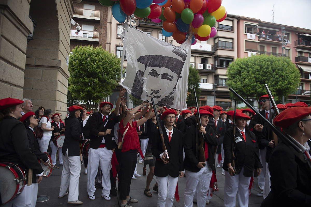 Irungo Alarde parekidearen iazko desfilea. ©Jon Urbe / Foku