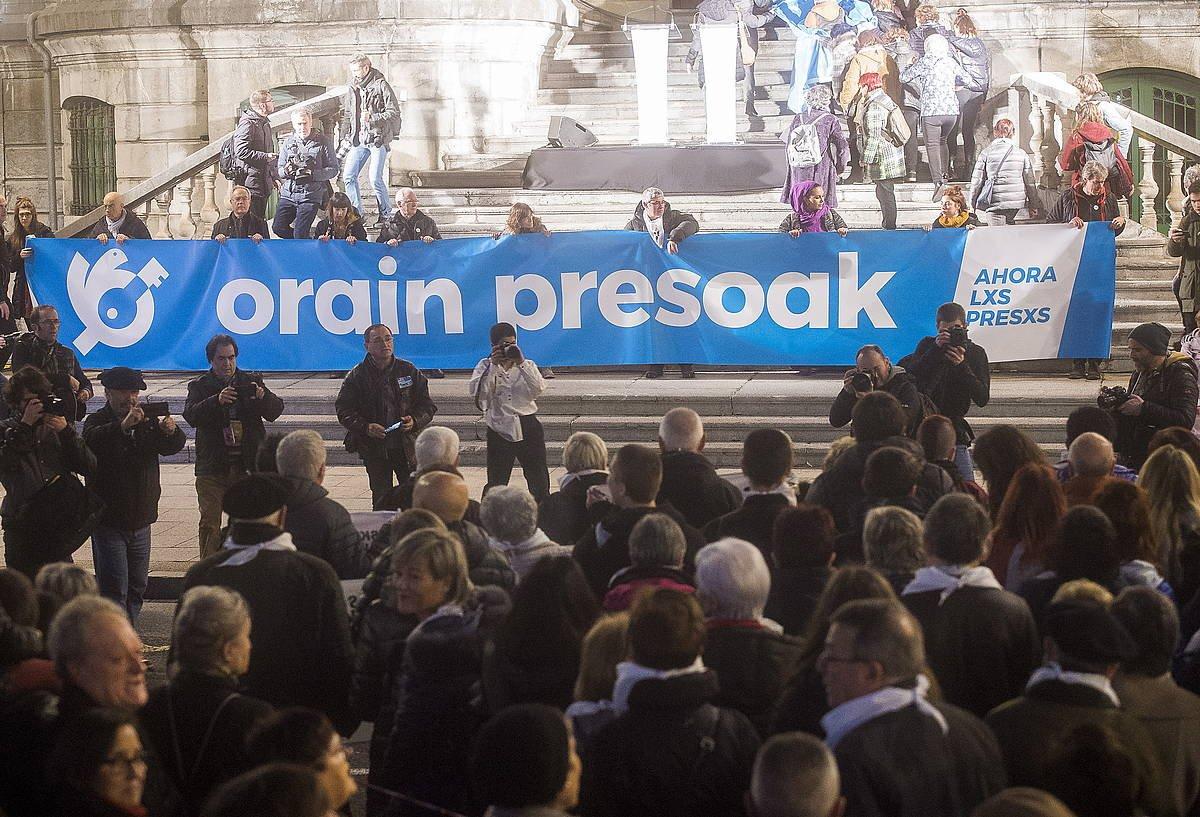 Sarek urtarrilaren 11n euskal presoen eskubideen alde eginiko manifestazioa. ©Luis Jauregialtzo / Foku