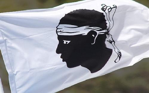 Korsikako egoera politikoa