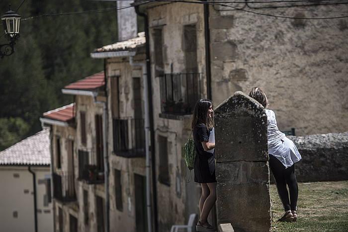 Euskal Herriko enklabe eta esklabeak