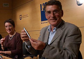 Euskal PEN Idazluma saria eman diote Torrealdairi