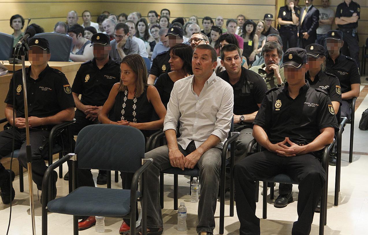 <em>Bateragune auziko</em> auzipetuak, Espainiako Auzitegi Nazionalean, iragan asteko asteartean, epaiketa hasi zen egunean. / ARGAZKI PRESS