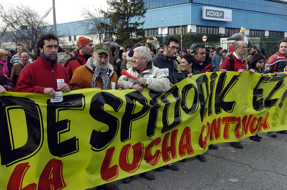 Koxkako langileek egindako manifestazio bat. ©JAGOBA MANTEROLA / ARGAZKI PRESS