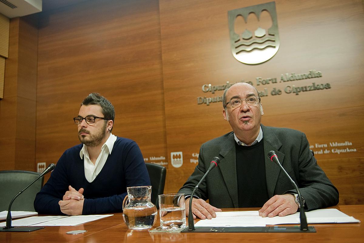 Ander Rodriguez eta Martin Garitano, atzo. ©JUAN CARLOS RUIZ / ARGAZKI PRESS