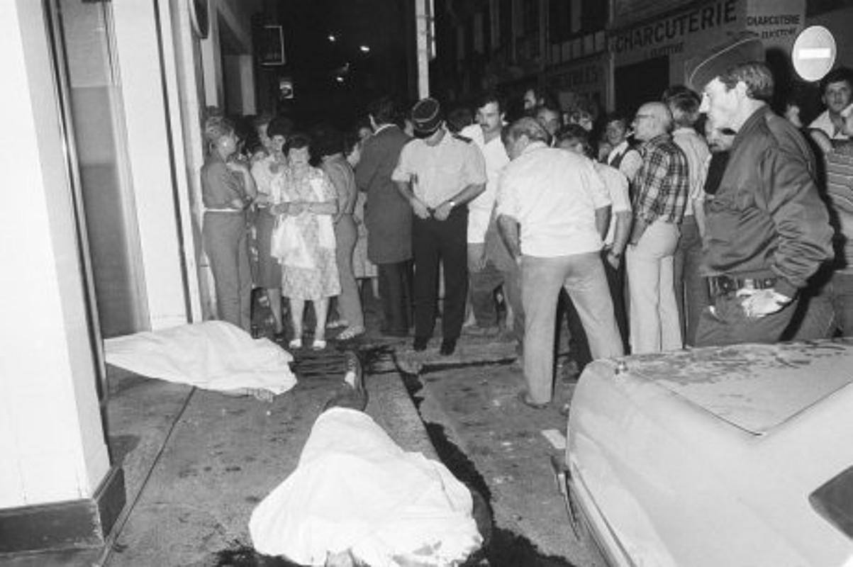 1985ean Baionako Monbar ostatuan GALek eginiko atentatua. ©BERRIA / BERRIA