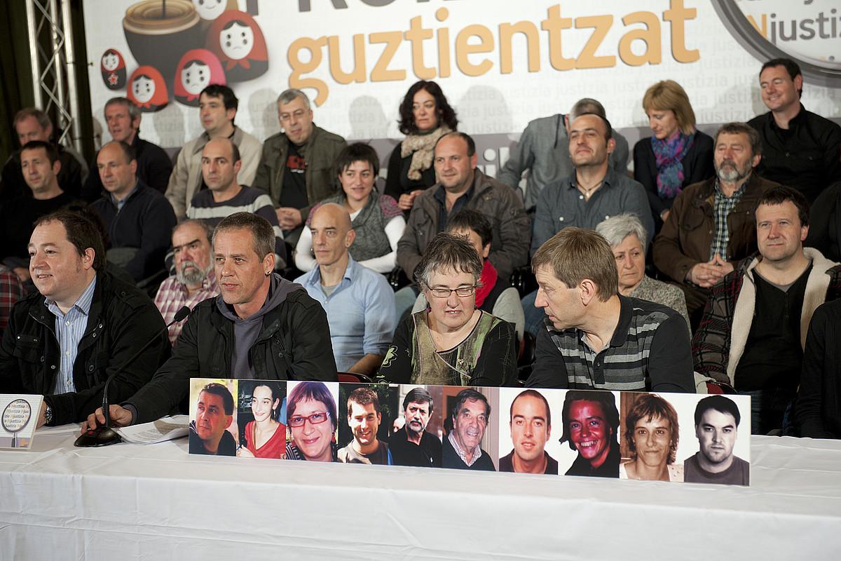 Lan politikoa egiteagatik auzipetuta dauden ezker abertzaleko kideak, atzo. / GARI GARAIALDE / ARGAZKI PRESS