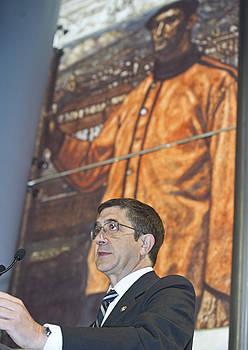 Patxi Lopez Eusko Jaurlaritzako lehendakaria atzo, Bilboko Itasadarra Itsas Museoan. ©LUIS JAUREGIALTZO / ARGAZKI PRESS