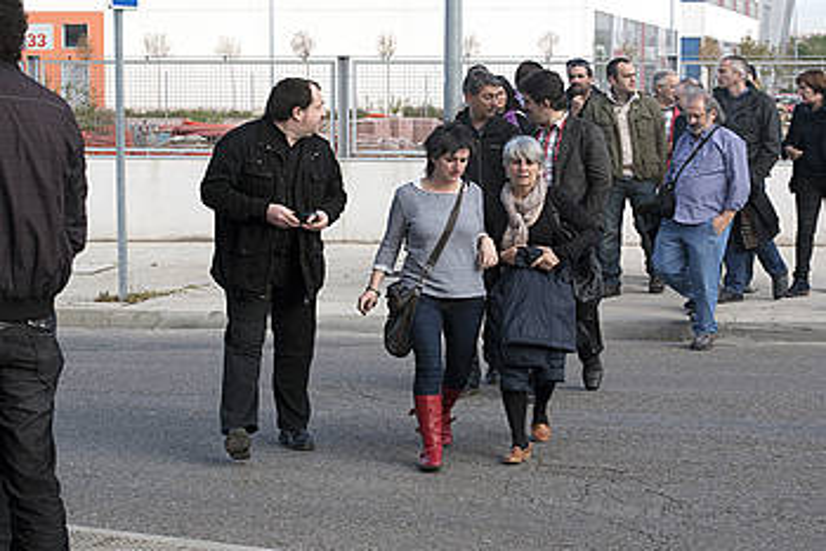 Agurtzane Solaberrieta eta Anparo Lasheras auzipetuak, ostegunean, Auzitegi Nazionalaren egoitzara sartzen. / THOR CASTRO