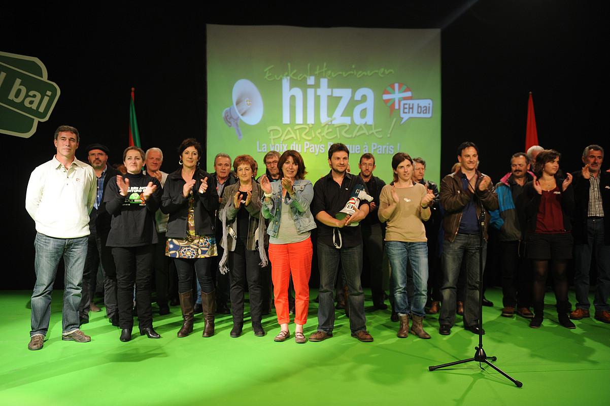 EH Bai koalizioak atzo Ezpeletan egin zuen hauteskunde kanpainako ekitaldia. / GAIZKA IROZ