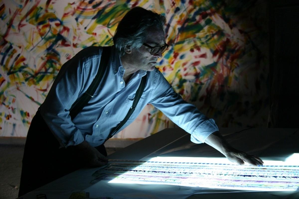 Jose Antonio Sistiaga artistari buruzkoa da Josu Veneroren <em>En un paisaje imaginado</em> . / DONOSTIA ZINEMALDIA
