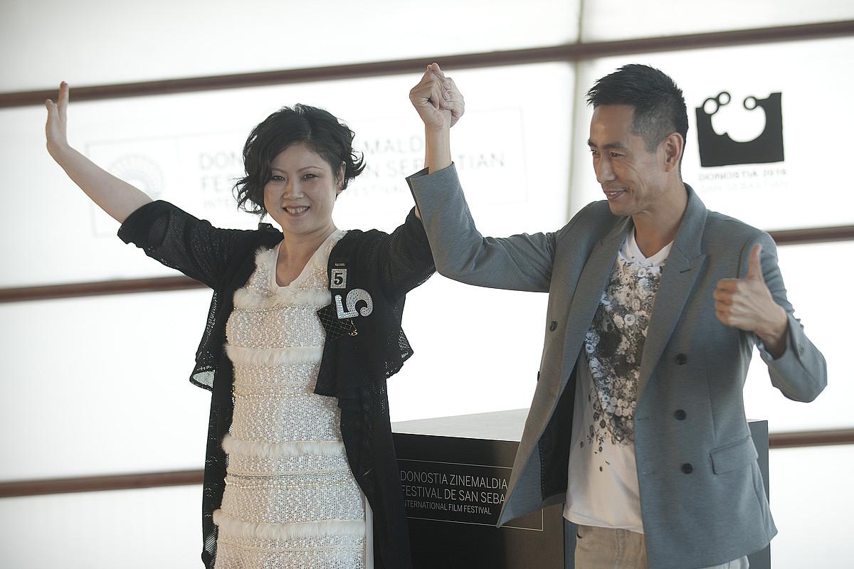 Emily Tang zuzendaria eta Cheng Taishen filmeko aktore nagusia, atzo Donostian. / GARI GARAIALDE/ ARGAZKI PRESS