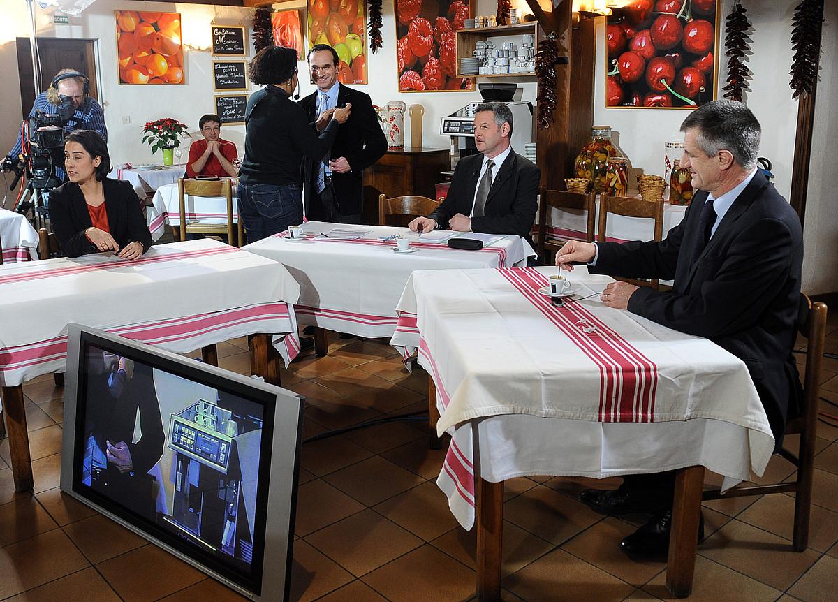 Espagnac eta Lassalle, FR3-Akitania telebista kateak Ezpeletan antolatutako eztabaidan. / GAIZKA IROZ