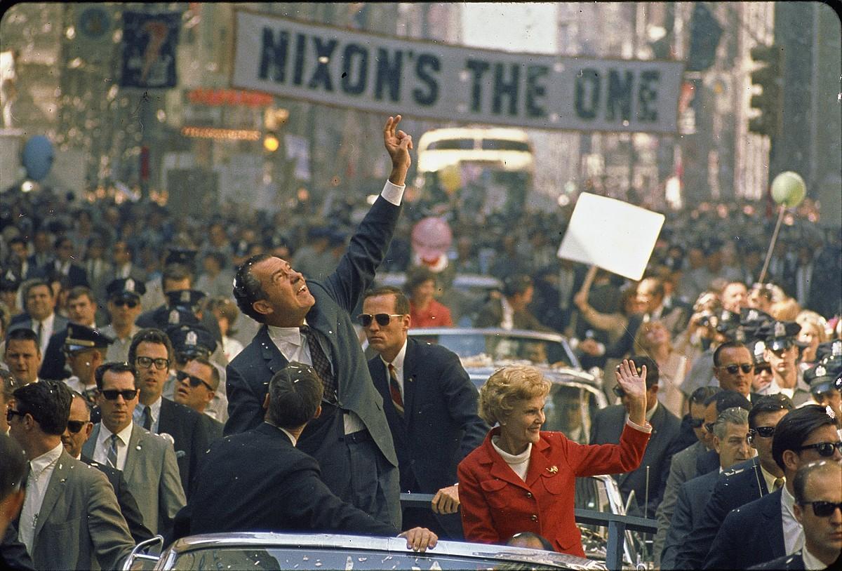 Oliver Stoneren <em>The Untold History of the United States</em>.