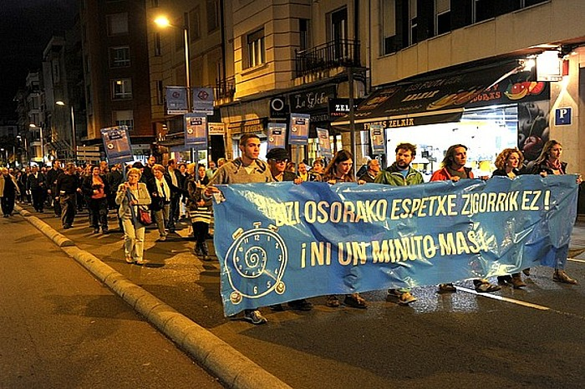 Estrasburgoren epaiaren berri izan ondoren Gasteizen egindako manifestazioa, herenegun. / JUANAN RUIZ / ARGAZKI PRESS