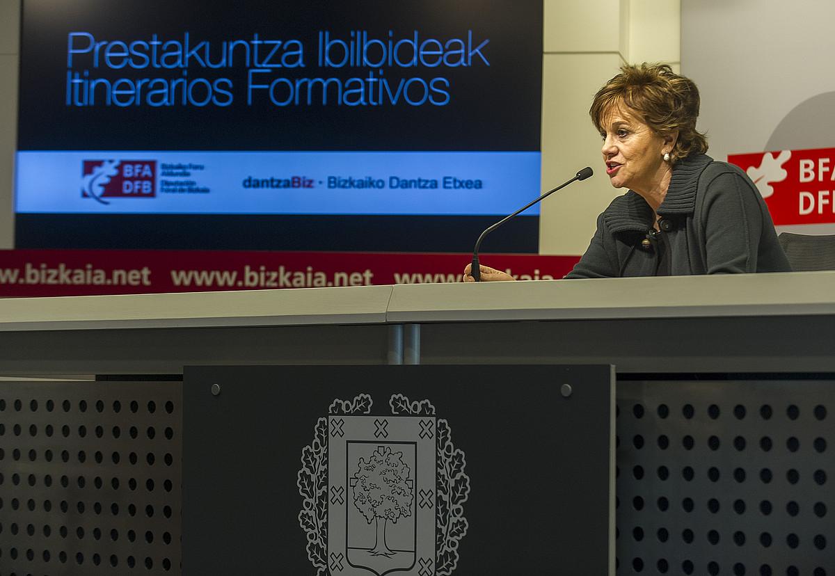 Josune Ariztondo, atzo, Bilbon, Dantzabiz Bizkaiko Dantza Etxea aurkezten. ©MONIKA DEL VALLE / ARGAZKI PRESS