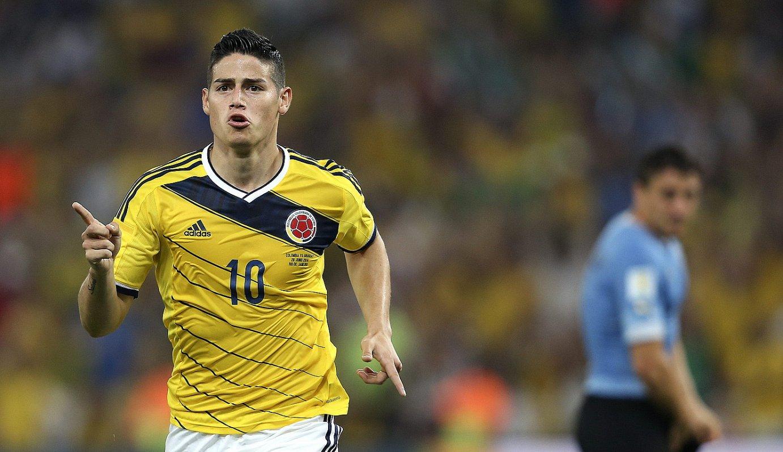 James Rodriguez Kolonbiako erdilaria, atzo, Uruguairi sartu zion lehen gola ospatzen; berak sartu zuen gero bigarrena ere, behin-betiko 2-0ekoa. / ANTONIO LACERDA / EFE