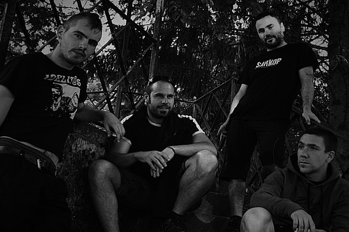 Punk-rocketik abiatuta, beste estilo batzuk ere jorratu ditu taldeak <em>Borrokak darrai</em> laugarren diskoan.</em> ©IHESKIDE