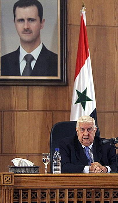 Siriako Atzerri ministro Walid al-Mualem, atzoko agerraldian.
