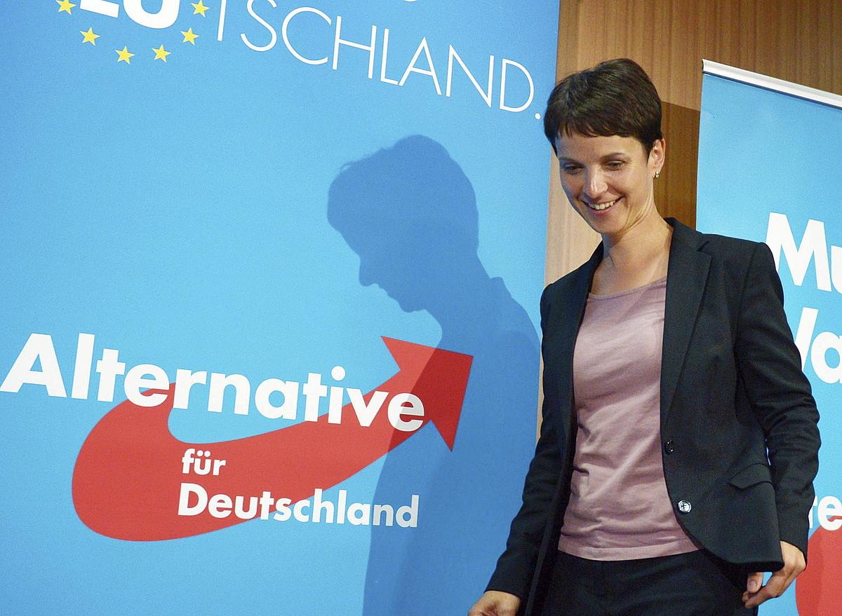 Frauke Petry, AfDren Saxoniarako hautagaia. 14 diputatu lortu dituzte.