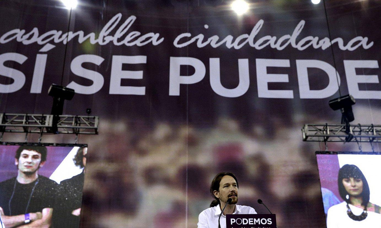 Pablo Iglesias, joan den urriaren 18an, Madrilen, Podemos alderdiaren Herritarren Estatu Biltzarrean hizketan. / ZIPI / EFE
