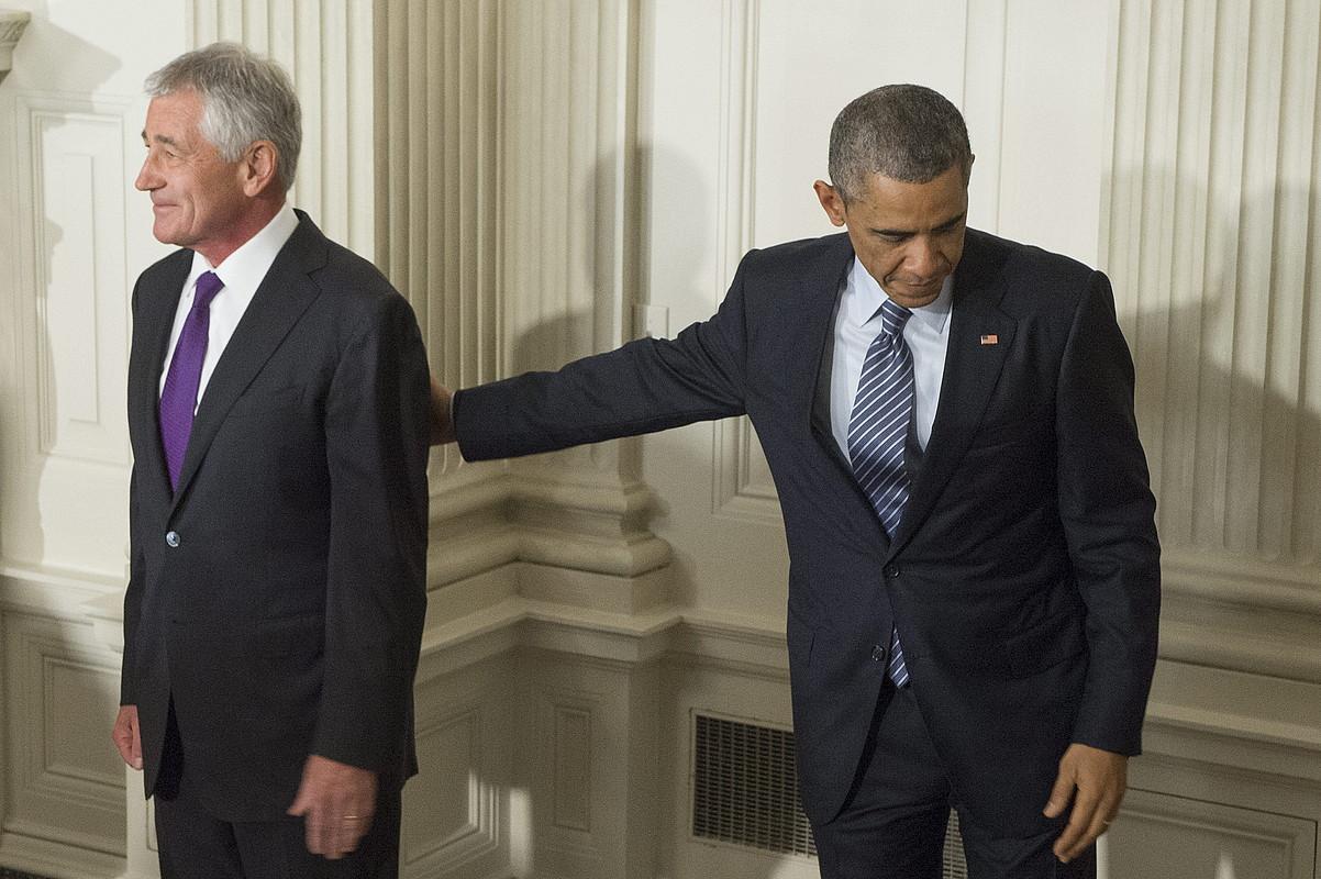 Chuck Hagel AEBetako Defentsa idazkaria eta Barack Obama presidentea, atzo, Etxe Zurian.