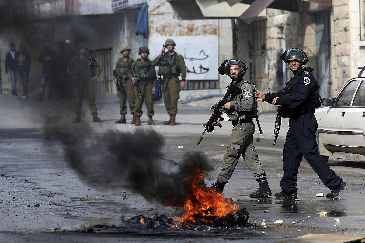 Asteburuan istiluak izan dira Zisjordanian eta Jerusalemen.