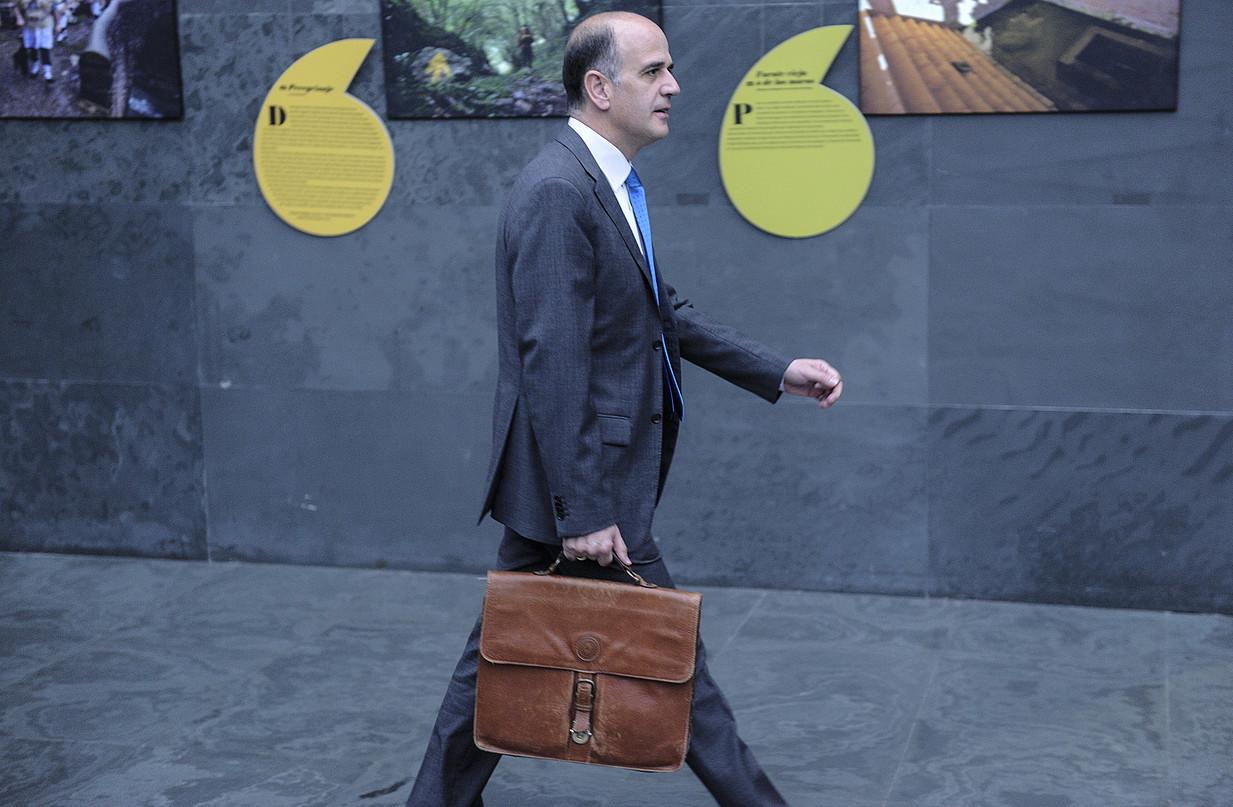 Alberto Catalan, Nafarroako Parlamentuan, iragan asteartean.