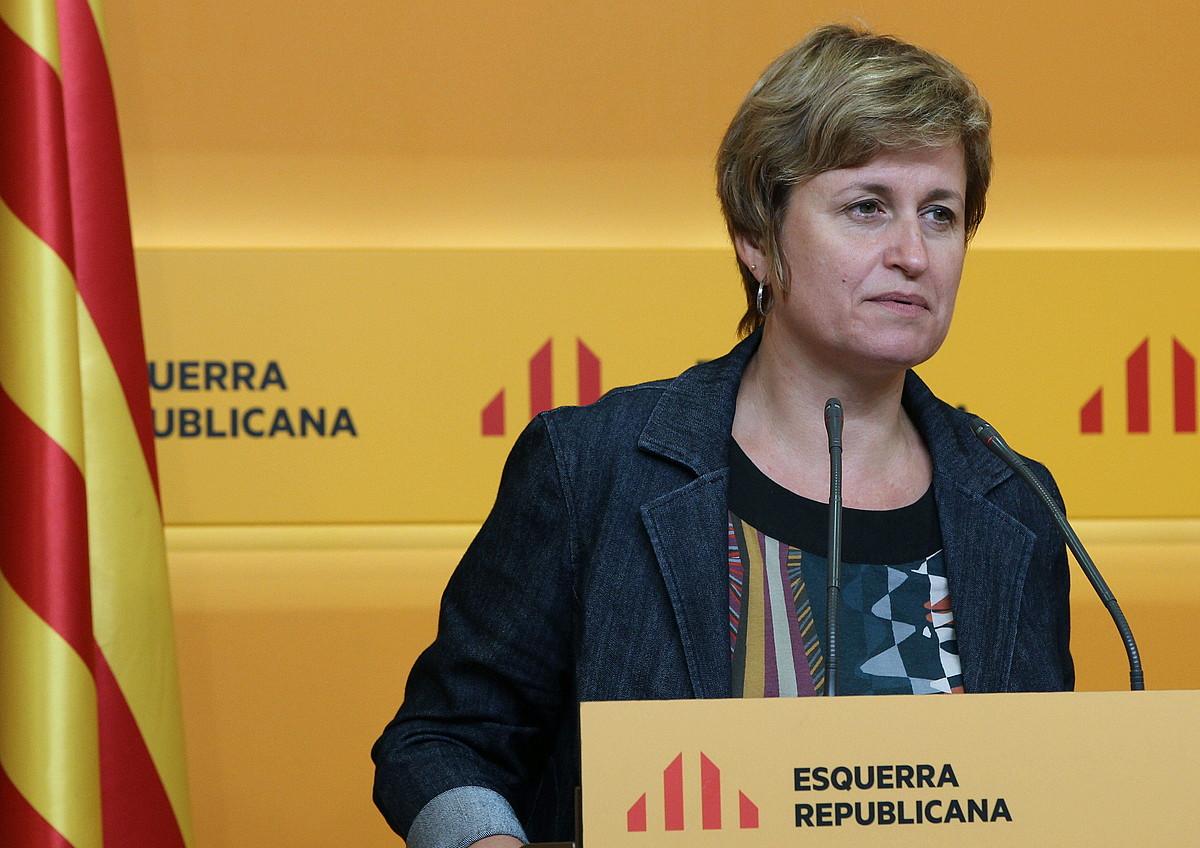 Polizia sekretuaren afera Espainiako Kongresuan argitzeko eskatu dio Anna Simok (ERC) Fernandez Diazi.