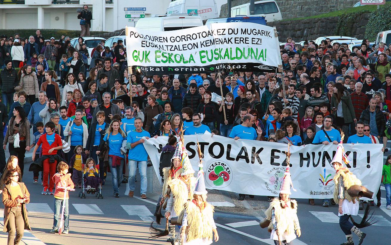 Milaka pertsona bildu ziren Ziburun Kaskarotenearen alde, azaroan. ©BOB EDME