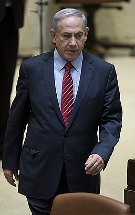 Benjamin Netanyahu lehen ministroa, atzo, Knessetean.