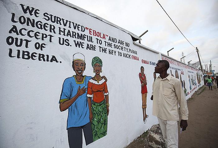 Ebolaren inguruko sentsibilizazio kanpaina bateko irudiak, Monrovian. Argazkia azaroaren 19koa da.